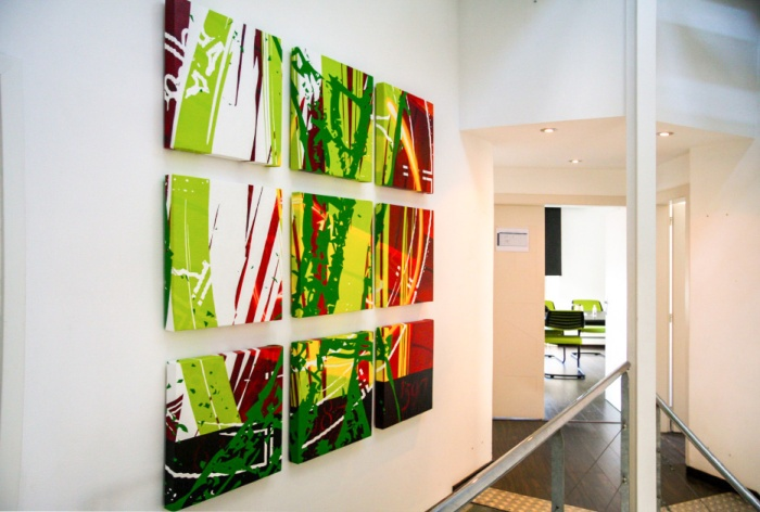 """Création et réalisation de toiles sur le thème de """"La suite de Fibonacci"""" pour Actency par l'Agence Cré Home."""